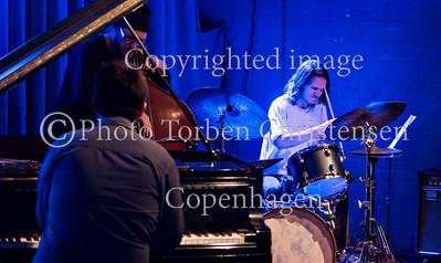Artur Tuznik Trio, Paradise Jazz 2016