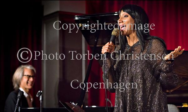 Debbie Sledge - vocal, Niels Lan Doky - piano, Tobias Dall - bass,  Niclas Bardeleben - drums i The Standard Copenhagen 6. oktober 2016.  Photo © Torben  Christensen @ Copenhagen