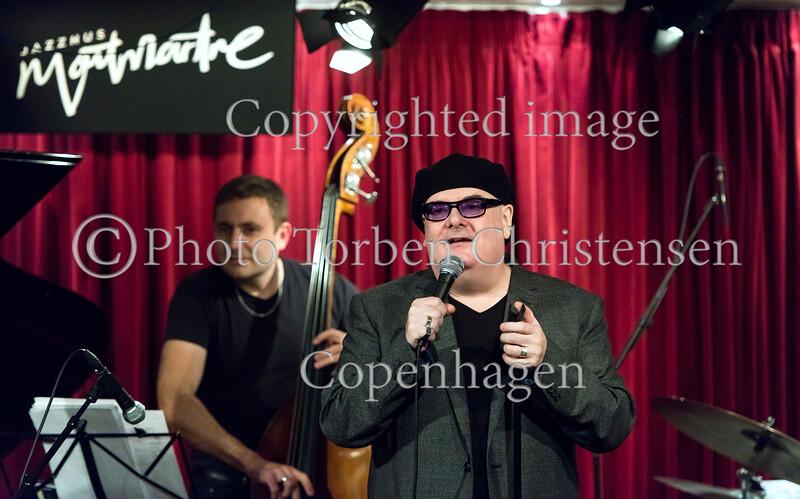 Ian Shaw & Trio: The Jazz Singer i Jazzhus Montmartre 18. marts 2017. Ian Shaw - Vocal, Barry Green - Piano, Thomas Fonnesbæk - Bass, Zoltán Csörsz - Drums  Photo © Torben  Christensen @ Copenhagen