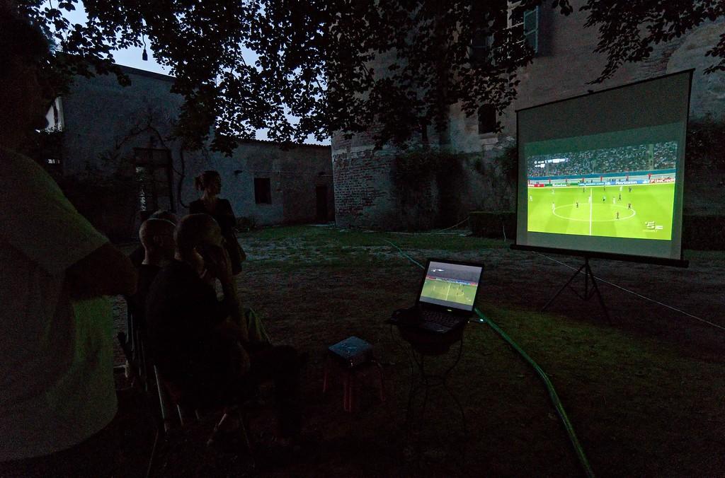 hard core football watchers