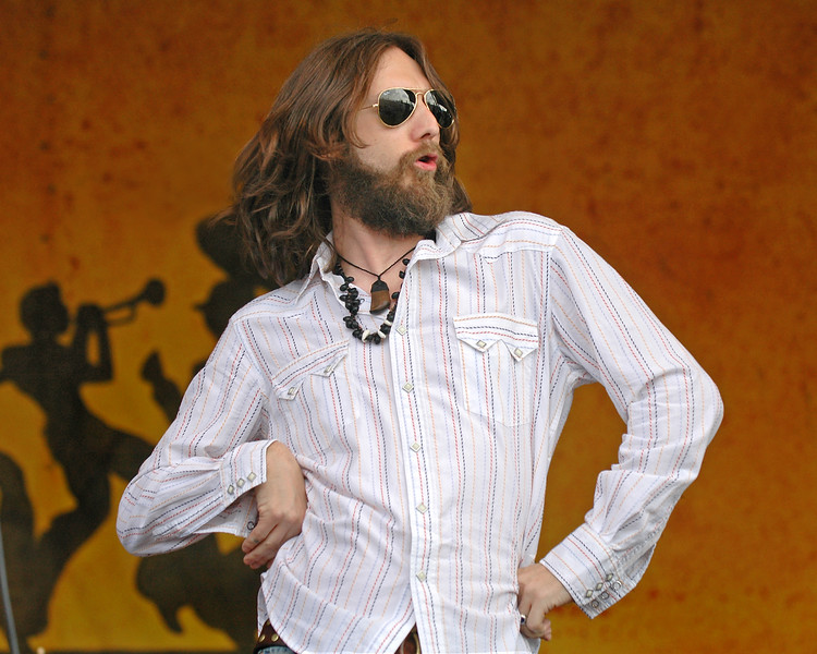Chris Robinson performs with the Black Crowes on April 22, 2005.