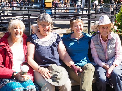 Emily Butler McCoy, Debbie Butler Spiegelman, Becky Butler, Linda Oppen
