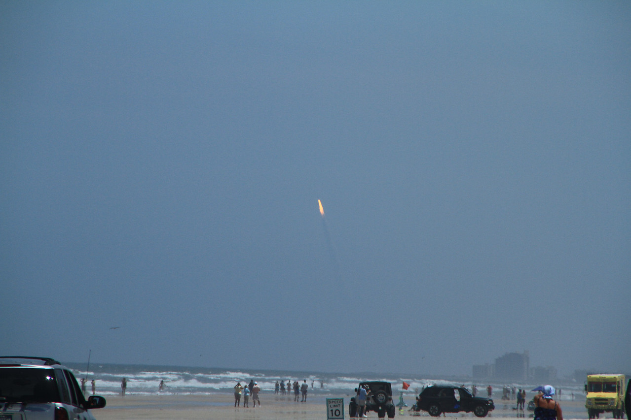 The last space launch for the space station :(