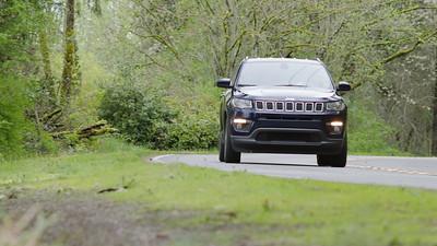 2017 Jeep Compass Latitude 4x4 Driving Reel