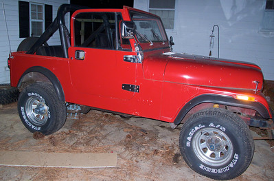 January 9,2010 we're starting on another Jeep resto-project. This one is a 1986 CJ7 with an automatic transmission. Check out the main gallery for this Jeep to track it's progress.