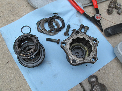 To remove the rotor, the hubs must be disassembled. Everything looks good for original equipment