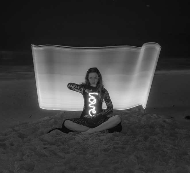 light painting b&w-9101