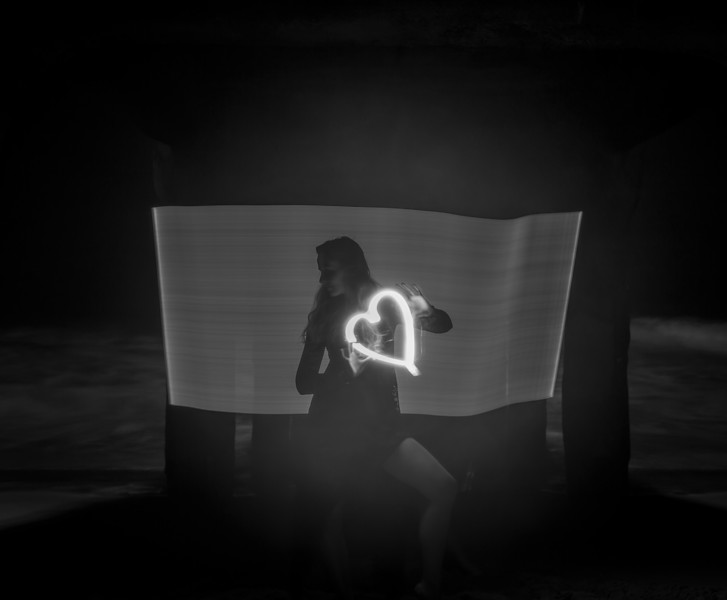light painting b&w-9198