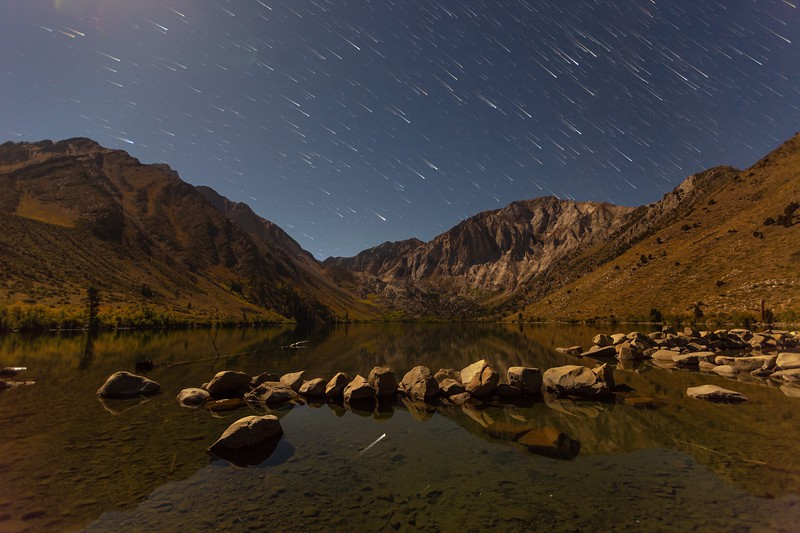 convict lake comet trails