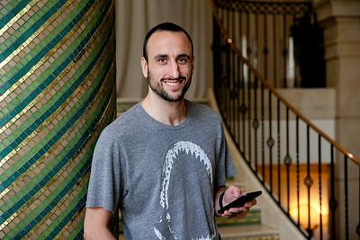 Basketball great Manu Ginóbili