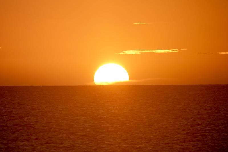 Sun sets in Kauai