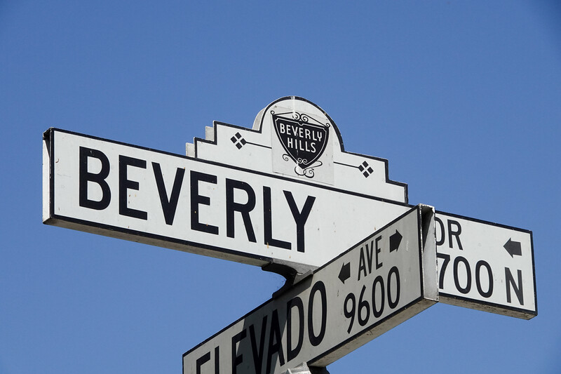 The corner of N. Beverly Drive and Elevado in Beverly Hills is just down the street from the fabled Beverly Hills Hotel, and is a popular tourist spot for seeing giant mansions and oversize palm trees. Join USA TODAY for a photo tour of the city with the 90210 zip code, home to the wealthiest of wealthy and ritzy Rodeo Drive.