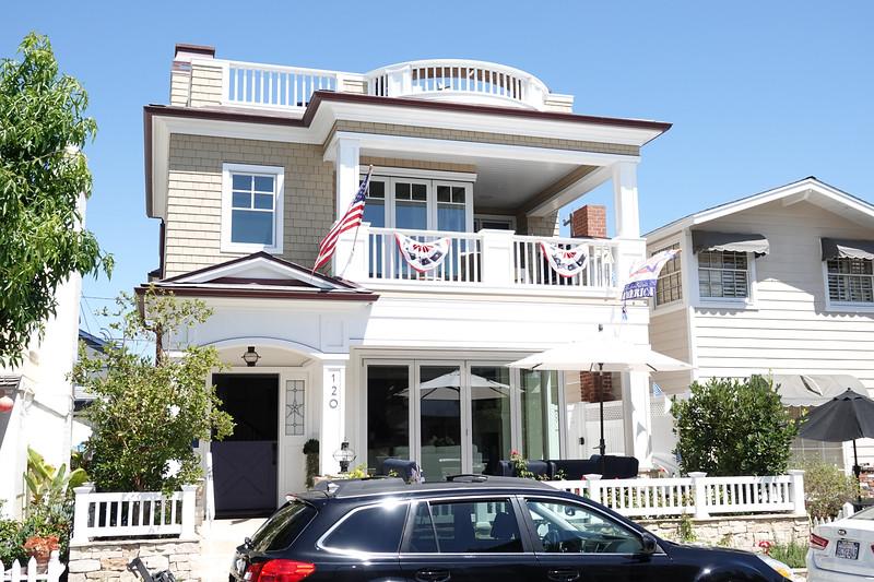 Homes in Balboa Island average from $2-$7 million.