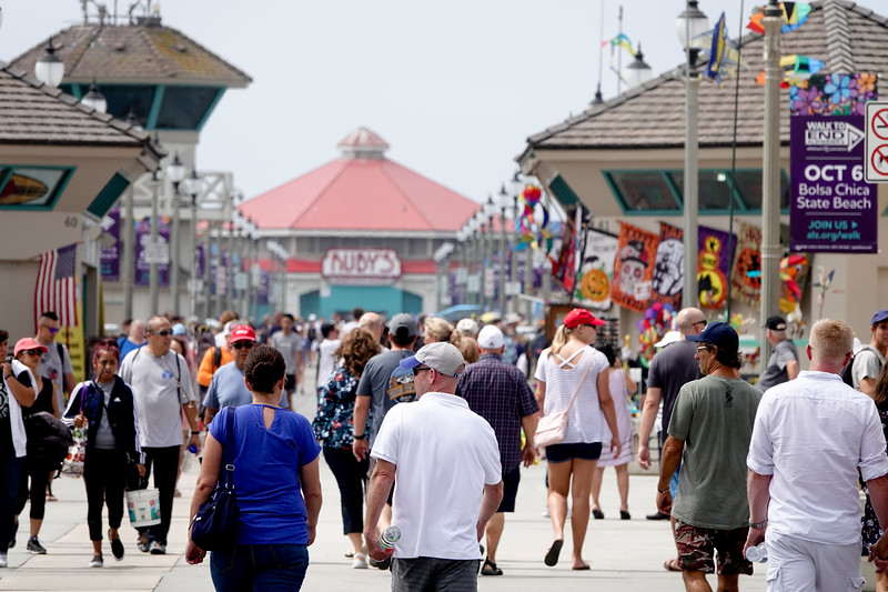 The Huntington Beach Pier on a Saturday afternoon