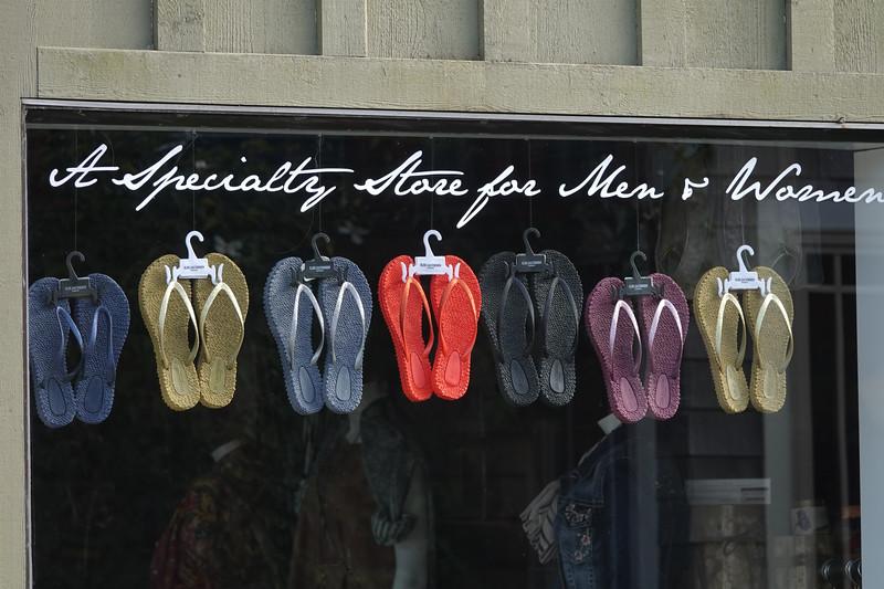 Forgot your flip-flops at home? No problem.