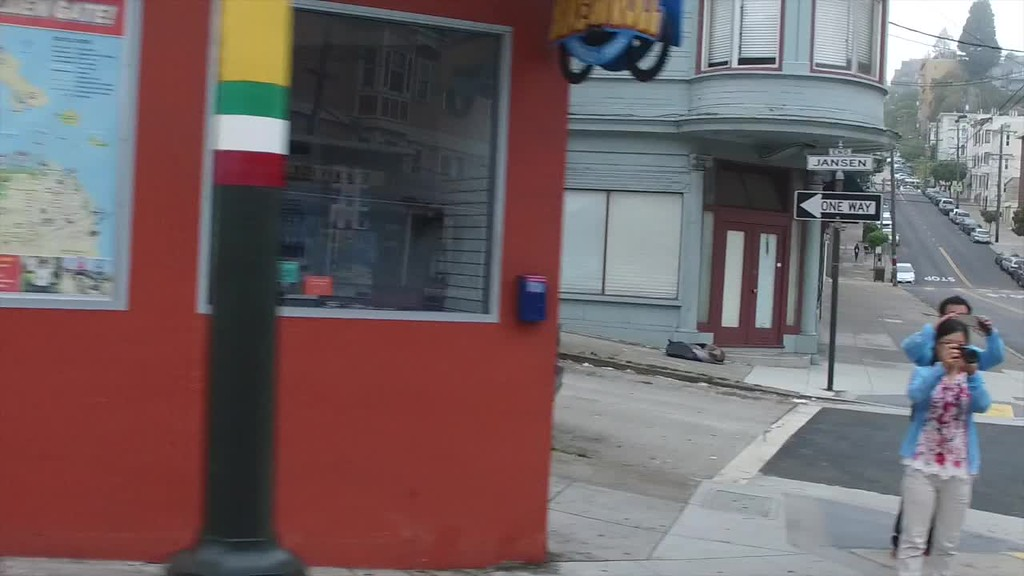 A cable car in slo-mo video