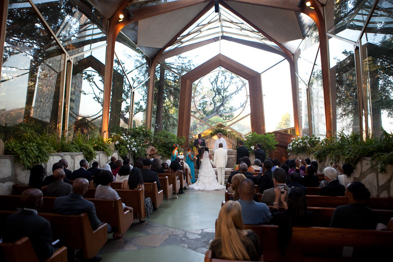 A wedding at the Wayfarers Chapel