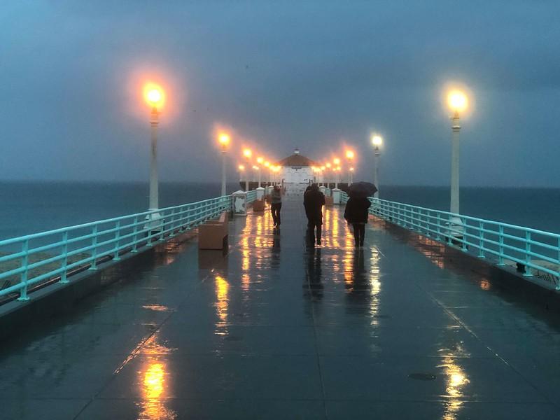 Manhattan Beach Pier in the rain