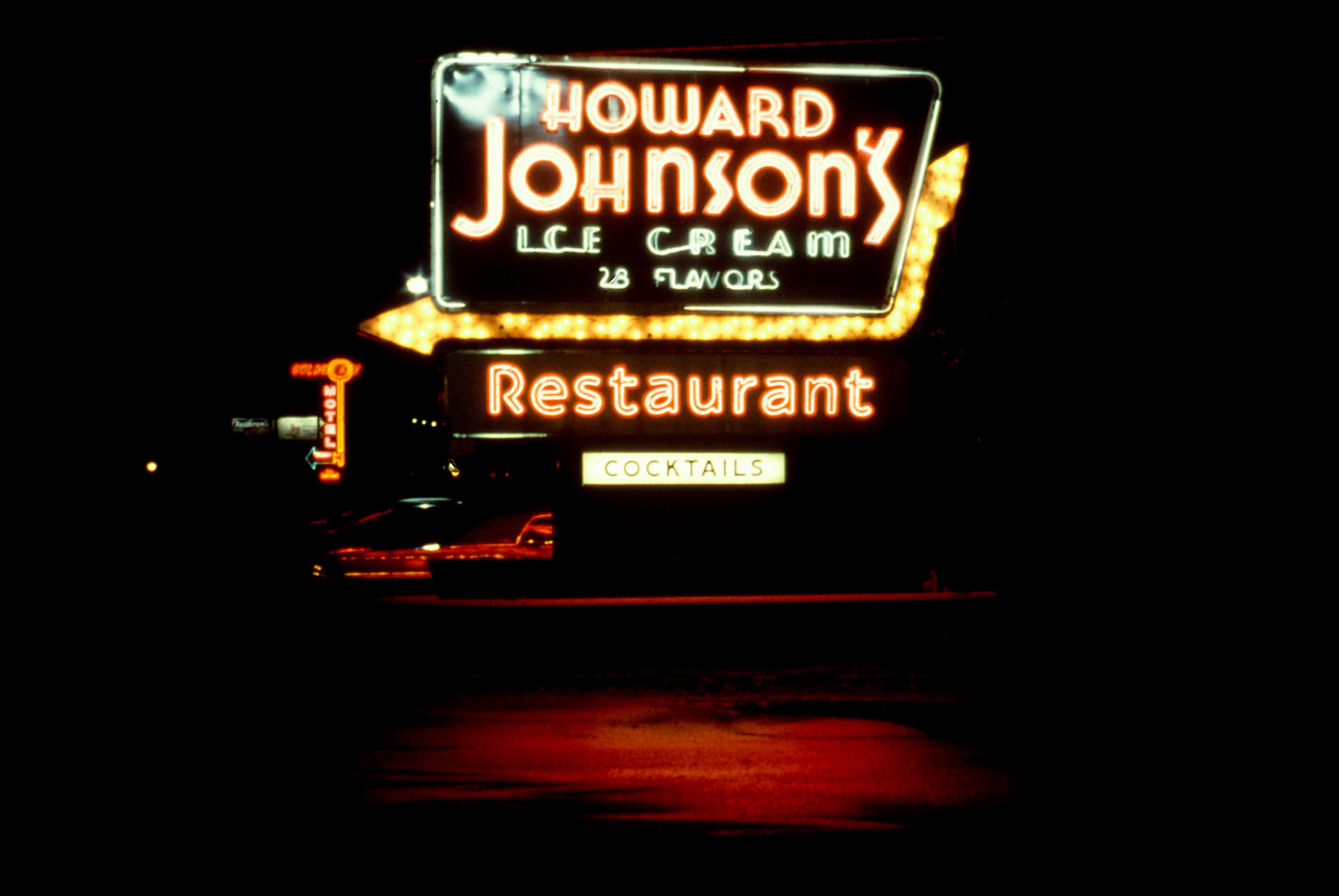 Howard Johnson's 28 Flavors