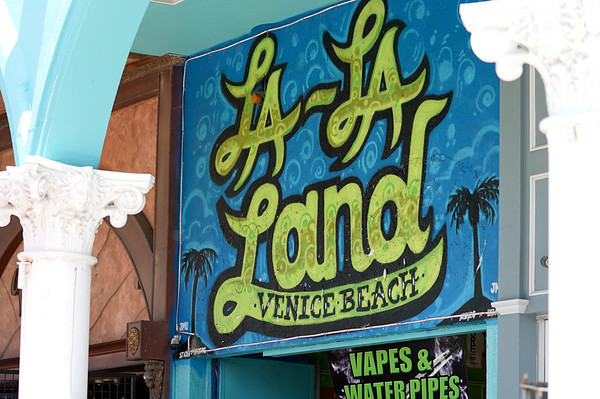A ,local gift store in Venice Beach