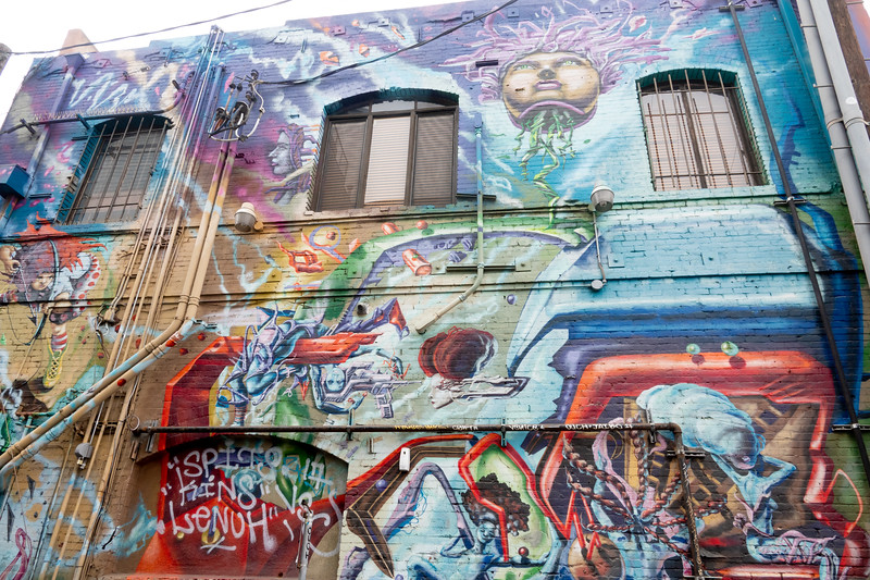 A Venice mural in an alley on Pacific Avenue