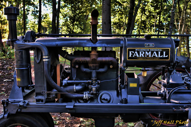 You can't find technology that is much simpler than this and that could do the kind of work that this tractor could...<br /> <br /> Click on photo for full size image!