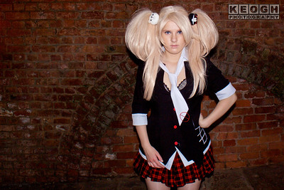 Anime, Black, Blouse, Boots, Bow, Buttons, colour gels, coloured flash, coloured flash  Anime, coloured light, Cosplay, Cosplayer, Danganronpa, Demon, Dress, Female, Hair Pins, Jacket, Junko Enoshima, Manga, Pink, Red, Rings, School Girl, Skirt, Tartan, Teddy, Teddy Bear, Tie, Watch, White, Wig