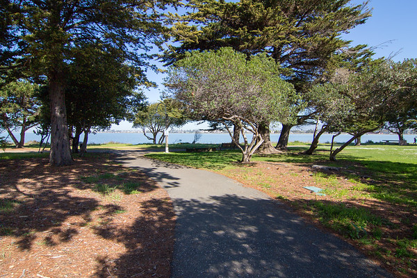 Bay trail is just 200 meters from the front door