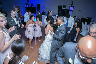 17_dancing_ReadyToGoPRODUCTIONS com_New York_New Jersey_Wedding_Photographer_J+P (1388)