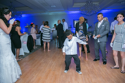 3_dancing_ReadyToGoPRODUCTIONS com_New York_New Jersey_Wedding_Photographer_J+P (1402)