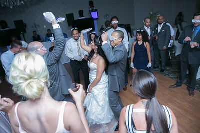 20_dancing_ReadyToGoPRODUCTIONS com_New York_New Jersey_Wedding_Photographer_J+P (1385)