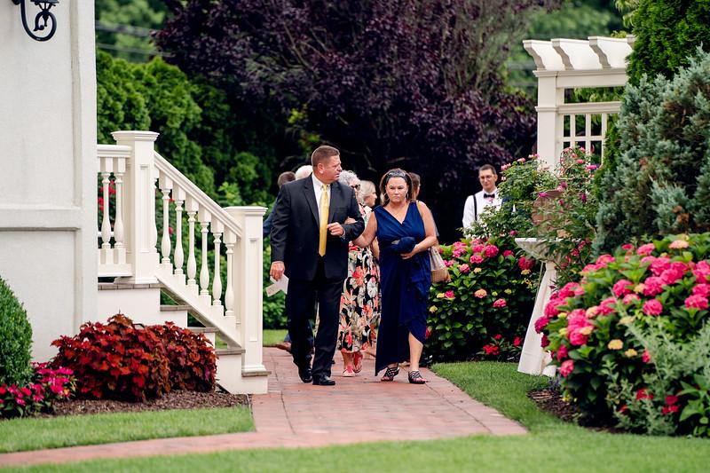 Jennifer and Richard Wedding00557