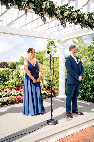 Jennifer and Richard Wedding00560