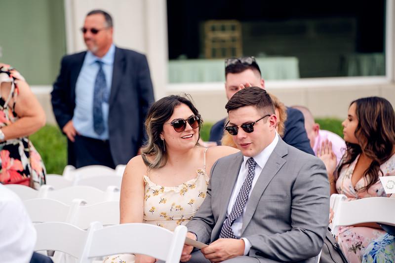 Jennifer and Richard Wedding00558