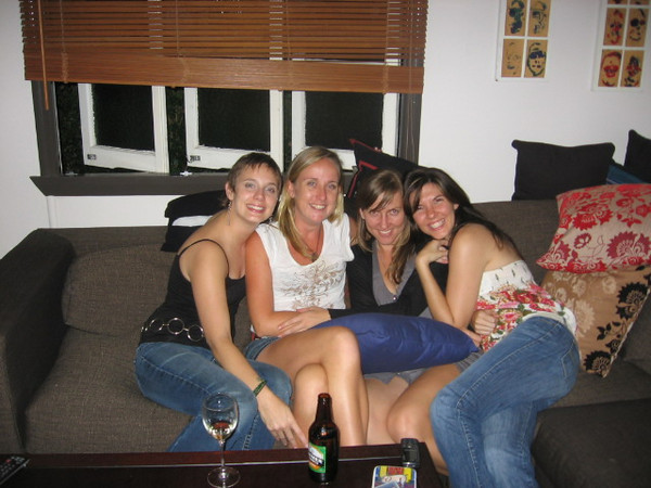 me, kristi, kat and nikki at nikkis couch warming