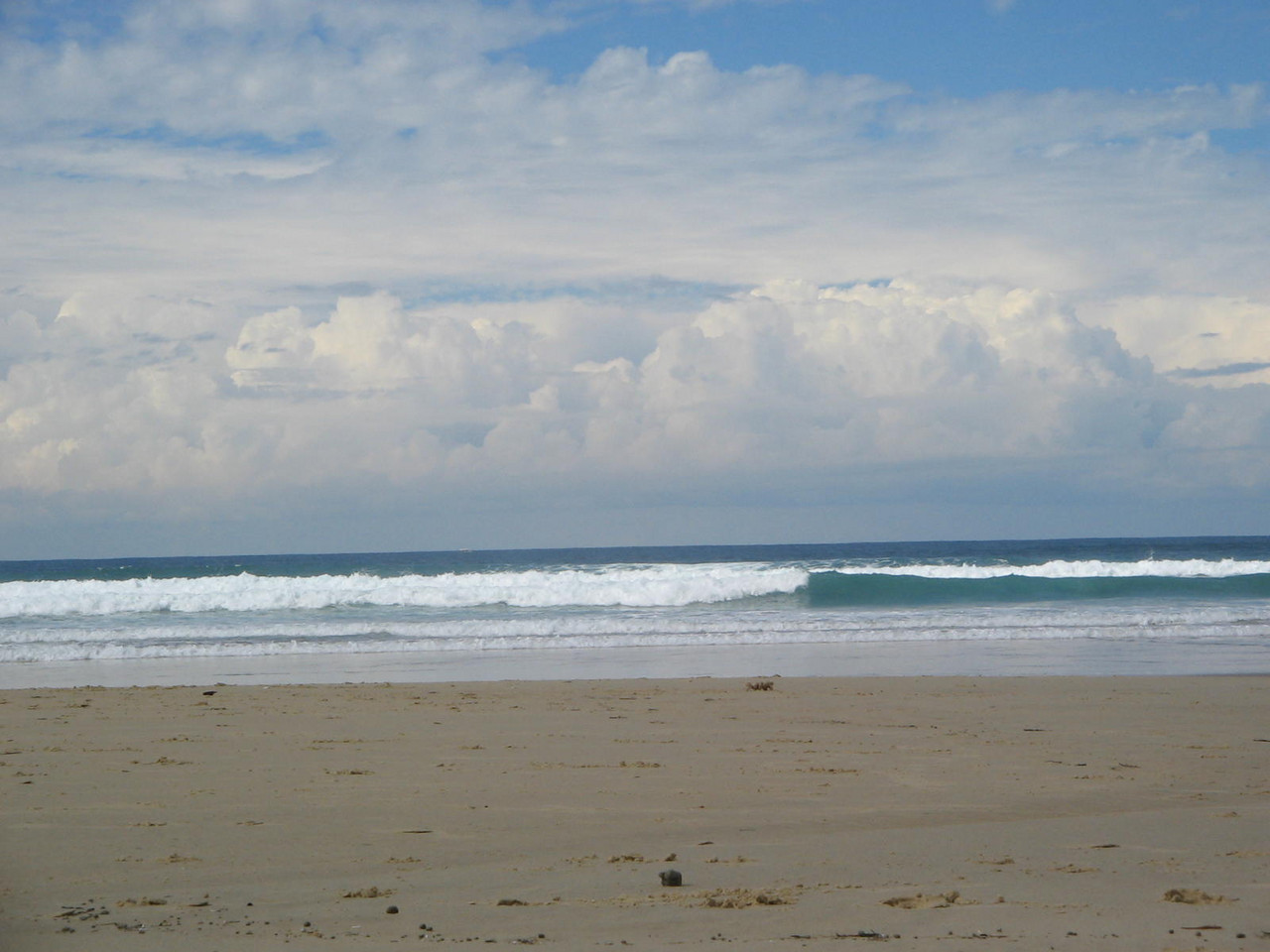 sunshine coast: where i pretended to go surfing this weekend.