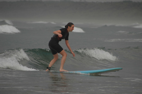 jennifer surfing? 06