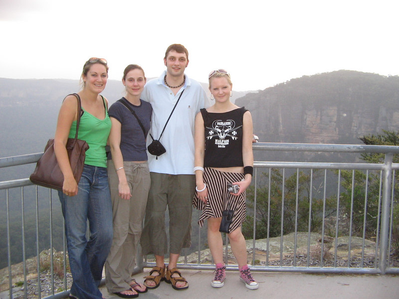 classic tourist photo at echo point