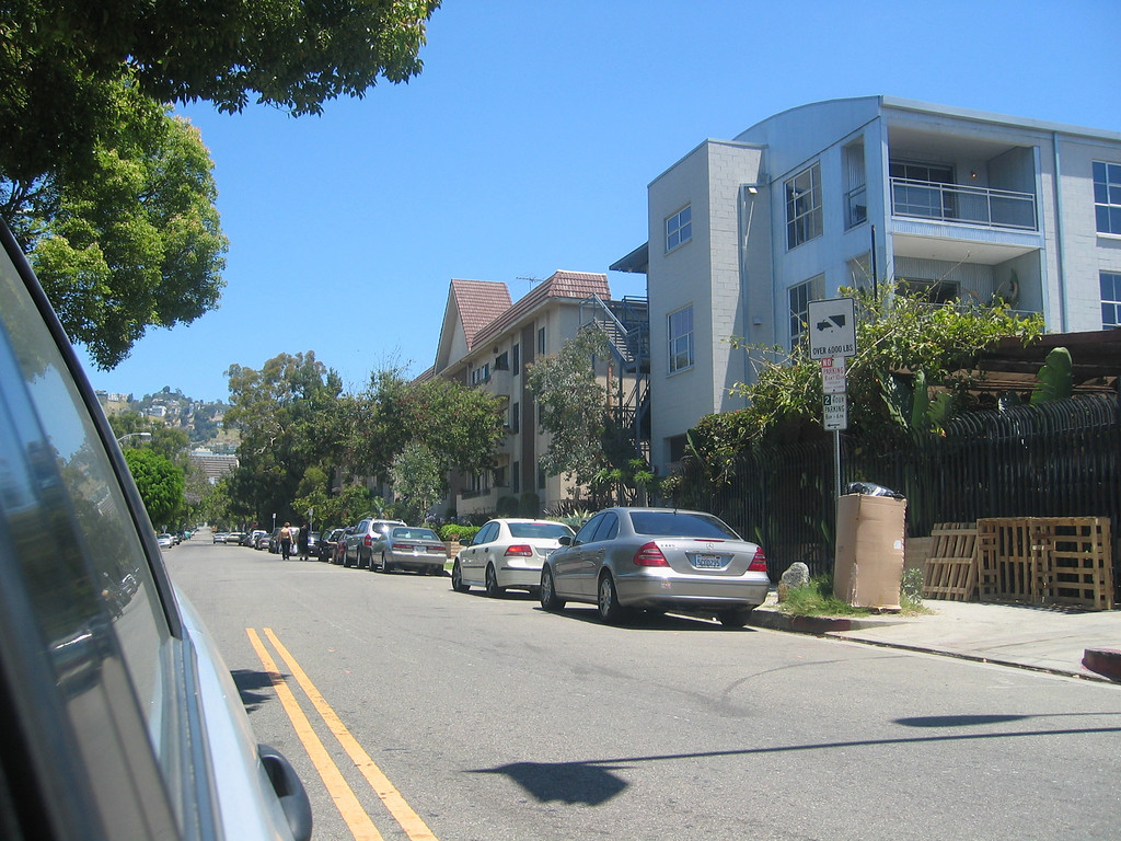 Adam Brody's apartment complex!