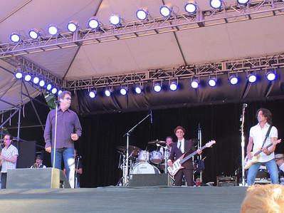 Huey and the band!