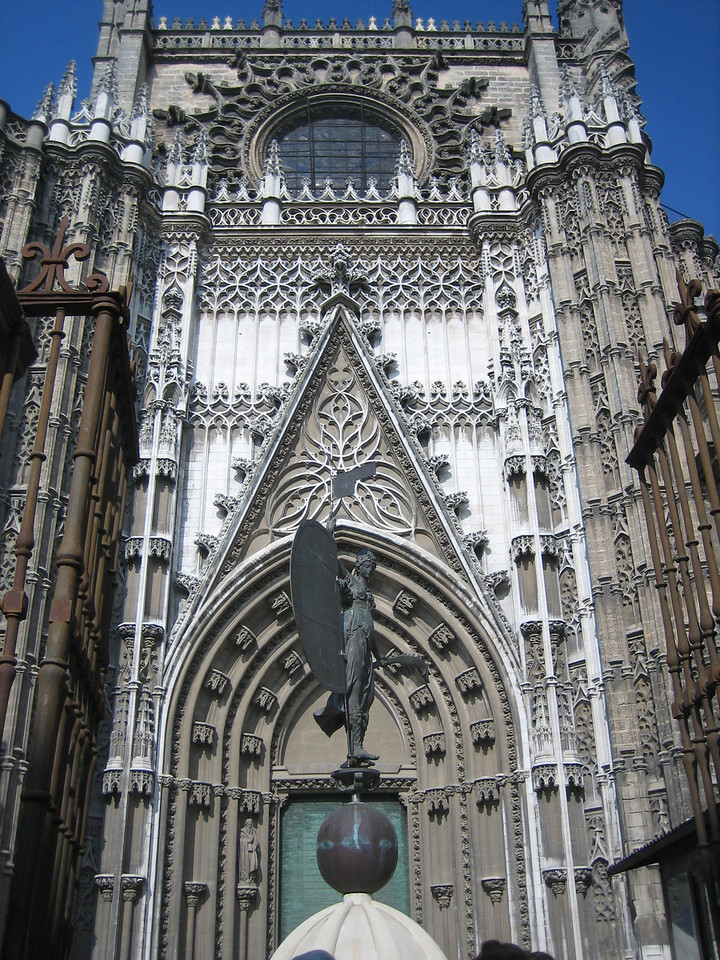 Catedral... Europe's biggest Cathedral!