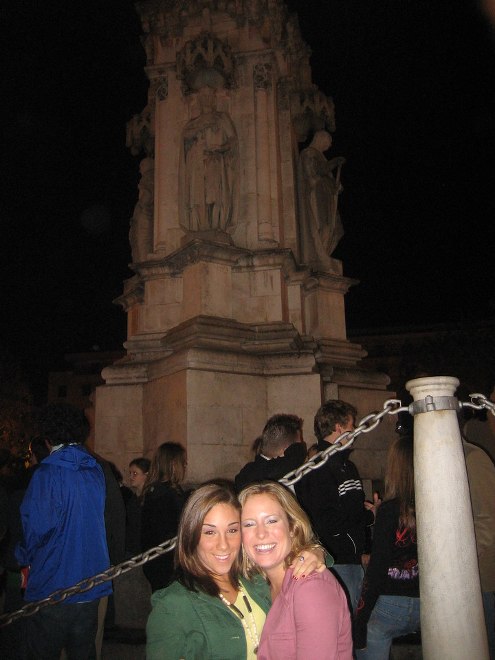 first night out in Sevilla at  Plaza Nueva with SMITH!!