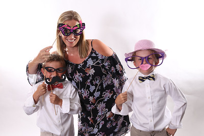 Katelyn & Sam got married! View the rest at http://studiomobile.photo #photobooth