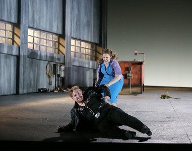 ENO Jenufa Nicky Spence and Laura Wilde (c) Donald Cooper