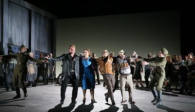 ENO Jenufa Laura Wilde, Nicky Spence and ENO Chorus 1 (c) Donald Cooper
