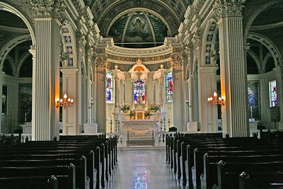The Beautiful Interior of St. Catharine's ChurchAfter Archbishop Walsh of Newark saw St. Catharine's church he engaged Professor Gonippo Raggi to design the interior of Sacred Heart Cathedral in Newark, NJ.