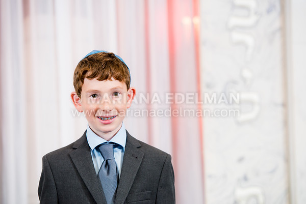 Mariana_Edelman_Photography_Cleveland_Bar_Mitzvah_Nathenson_0012