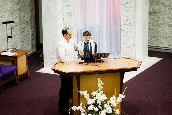 Mariana_Edelman_Photography_Cleveland_Bar_Mitzvah_Nathenson_0002