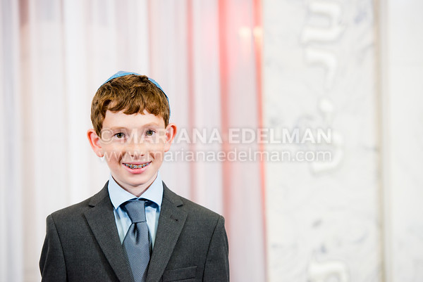 Mariana_Edelman_Photography_Cleveland_Bar_Mitzvah_Nathenson_0013