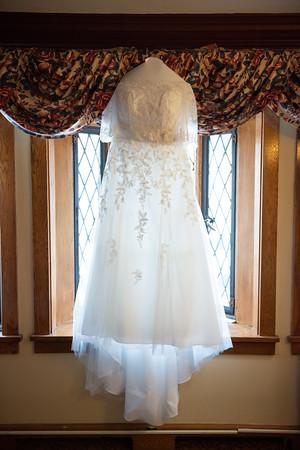 Mariana_Edelman_Photography_Cleveland_Wedding_Carr_Johnson_0227